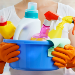 Уход за обоями – как правильно их мыть?
