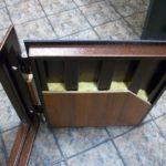 Есть ли смысл делать шумоизоляцию входной двери