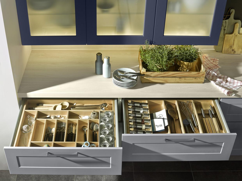 Как правильно расставить шкафы на кухне фото