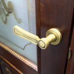 Топ самых неудачных дверных ручек