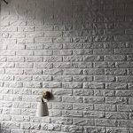 Как всего за 50 рублей сделать имитацию кирпича на стене