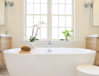 Реально ли очистить дешевыми средствами ванную