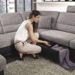 как избавиться от неприятного запаха от нового дивана