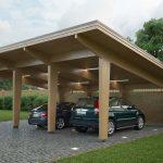 Навес для гаража из дерева: за и против
