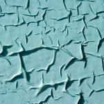 Как снять старую краску со стен без шума и пыли