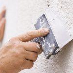 Какие материалы скрывают неровности стен