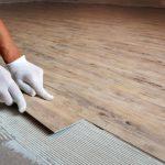 Как определить оптимальную для помещения толщину кварцвиниловой плитки