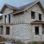 Когда лучше начинать строительство дома
