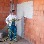 10 советов от практикующих штукаторов для идеально ровных стен