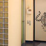 Как облагородить межкомнатные двери?