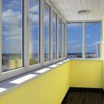 10 причин чтобы решиться остеклить балкон к лету