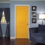 Почему двери стали задевать пол и как это исправить