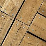 Чем можно устранить скрип пола на деревянных лагах