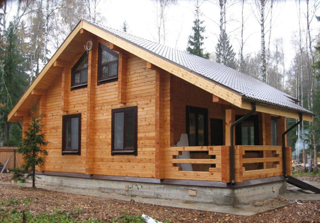 Сколько реально могут простоять дома из бруса