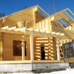 Дома из бревен — преимущества, этапы строительства