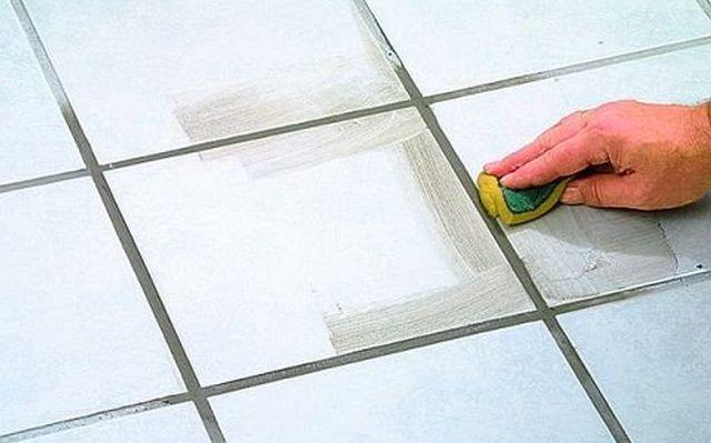 Почему нельзя затирать швы плитки сразу после укладки