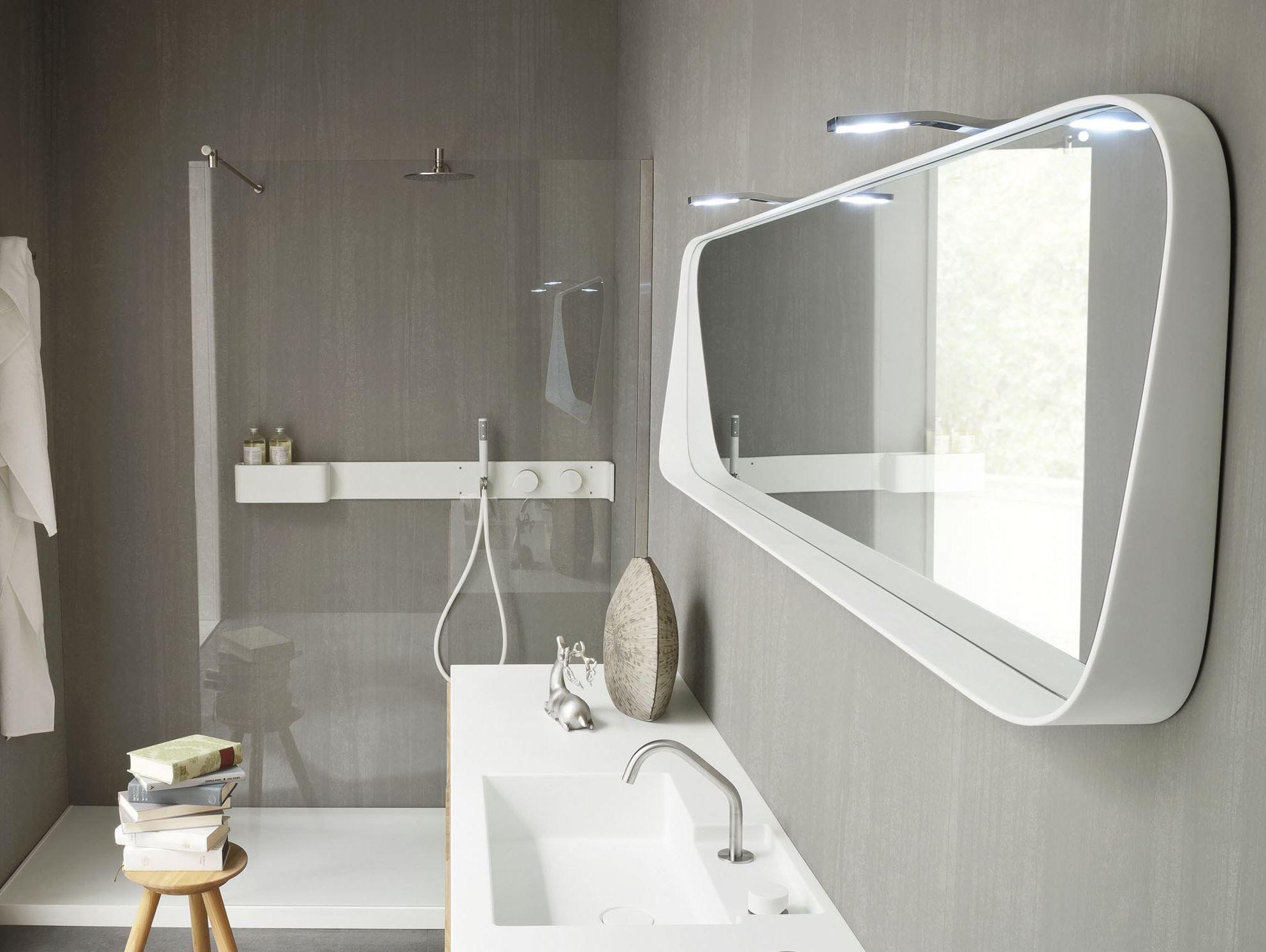 Как выбрать красивое зеркало для ванной