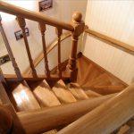 Как правильно выбрать деревянную лестницу для интерьера