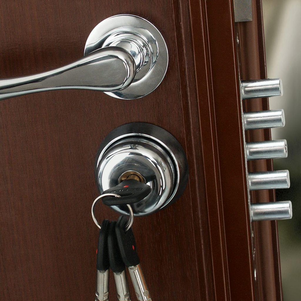 Как любую входную дверь сделать противовзломной