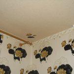 5 хитростей для идеально ровных углов стен под поклейку обоев