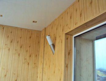 В чем секрет аккуратной отделки стен ПВХ-панелями