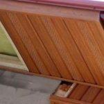 Почему со временем отлетает подшивка карнизов крыши и как этого избежать
