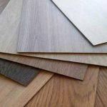 Замковая или клеевая ПВХ плитка: какой материал лучше