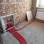 Теплый пол с водяным или электрическим отоплением: как выбрать самый экономный
