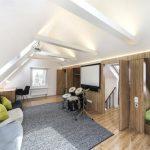 Как превратить крышу в жилую мансарду во время ремонта