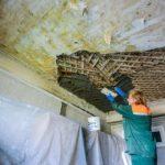 Как дешевле всего отремонтировать потолок из дранки в «сталинке»