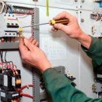 Какие ошибки электриков приводят к перегрузке проводки