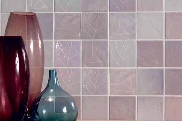 Какие ошибки приводят к тому что плитка со временем отпадет от стен