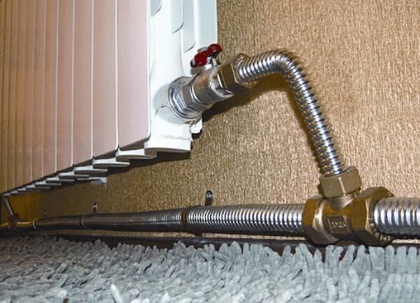 Какие трубы в ванной надежнее и защитят от протечки