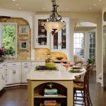Старинная кухонная мебель в современном интерьере: можно ли совместить несовместимое?
