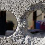 5 советов для тех, кому необходимо сделать ровные сквозные отверстия в бетонной стене