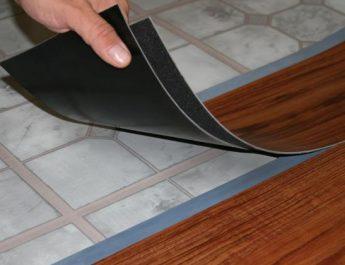Что долговечнее: ламинат или плитка ПВХ