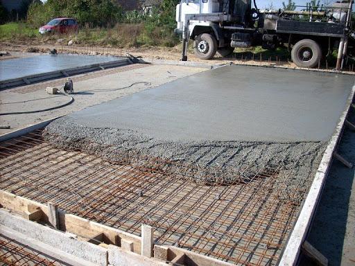 Как выбрать качественный и практичный бетон для строительства