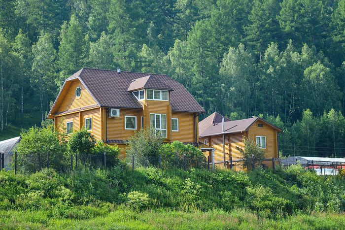 7 причин жить в квартире, а не в частном доме