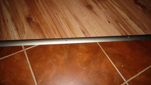 Как правильно стыковать напольные покрытия сложной формы