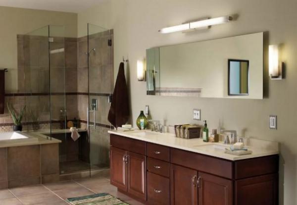 7 убедительных доводов против размещения зеркала над раковиной в ванной