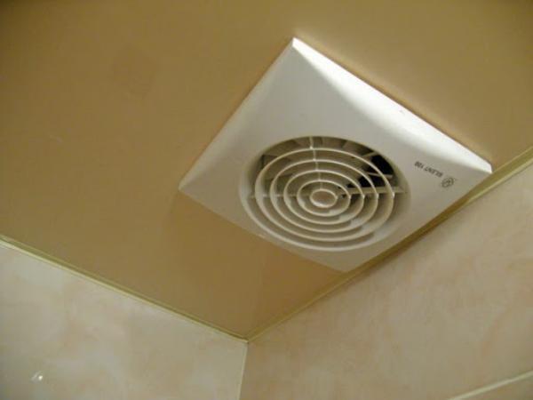 Что лучше знать перед тем как вести вентиляцию по потолку