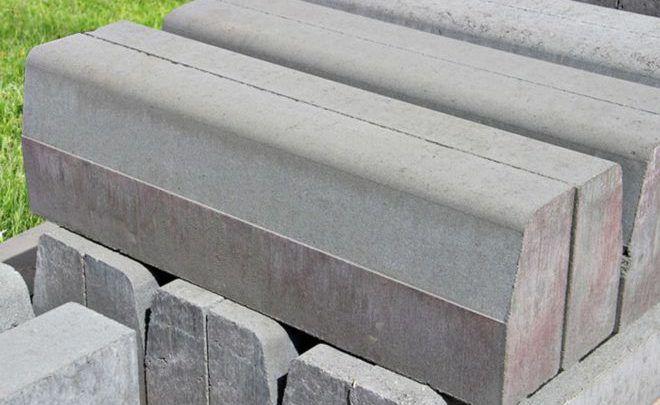 Бордюрный камень: преимущества, правила и особенности укладки