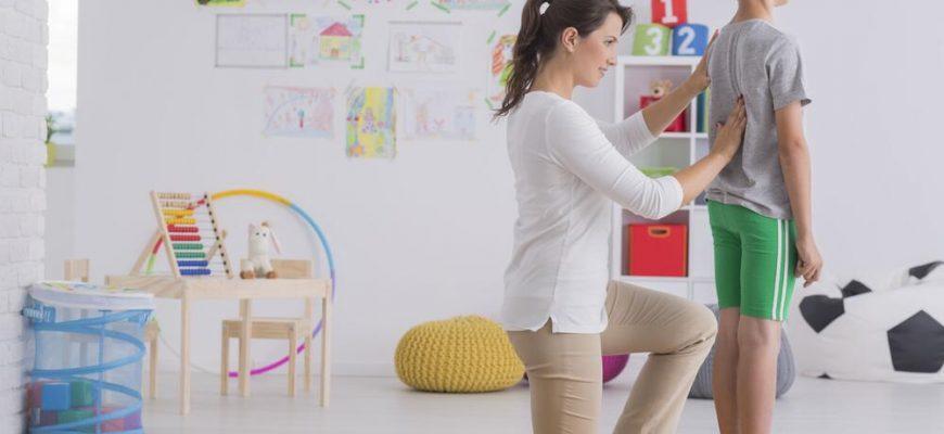 Как сохранить осанку ребенка здоровой: советы по выбору мебели