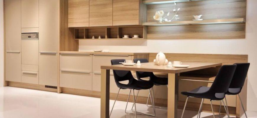 Шпонированные фасады в интерьере кухни