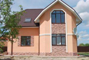 Дом с наружной отделкой