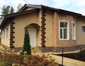 Облицовка фасадов домов термопанелями