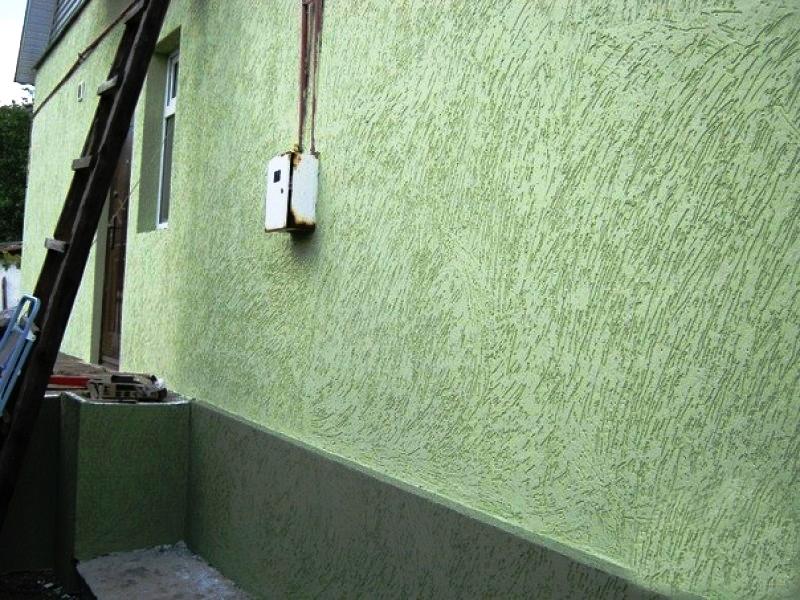 Oтделка фасада декоративной штукатуркой короед
