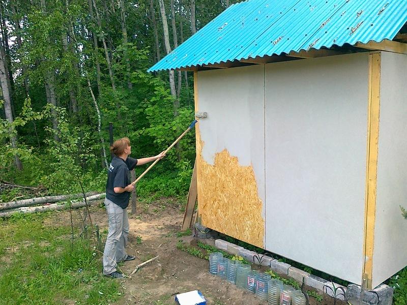 Покраска ОСБ плиты снаружи с помощью валика