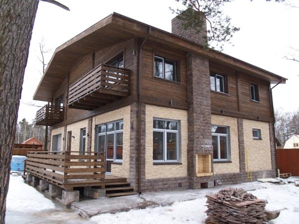 Вентилируемый фасад – один из наиболее современных вариантов внешней отделки частного дома
