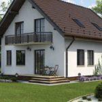 Дом с красивым фасадом с двухскатной крышей